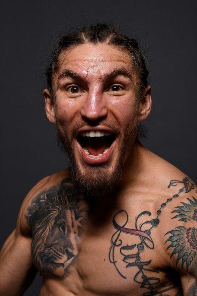 Bonos de la Noche en #UFCPhoenix 💰💰💰 PELEA: @VicenteLuqueMMA y @bryan_barberena  DESEMPEÑO: @coolhandmma & Kron Gracie