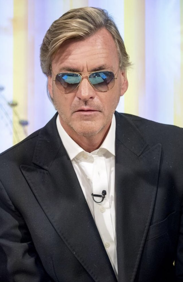 mnrrnt2 and 206 others's photo on Richard Madeley