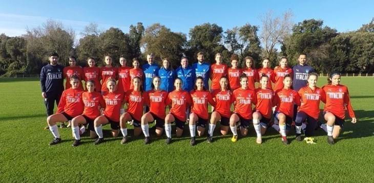 #Under16 #Femminile⚽️ Al Torneo UEFA di Loughborough #Azzurrine🇮🇹 sconfitte all'esordio dalla #Spagna🇪🇸  ➡️ L'articolo: http://bit.ly/2IlT53I  #VivoAzzurro