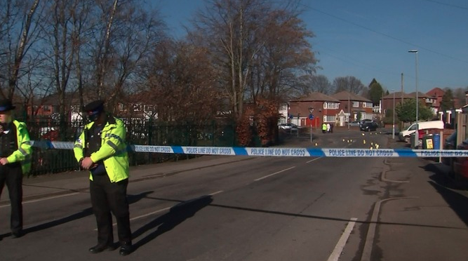 A man has been charged with grievous bodily harm and theft after another man was left fighting for his life after being hit by his own car in Ashton-under-Lyne    https://t.co/4e33gL5nDe