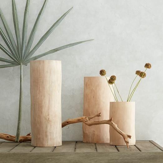 Simple yet elegant. Did anybody else make any vases for their home this weekend?  #woodturning #woodworking #woodshop #woodturner #woodworker #woodvase #decor  #makersgonnamake #woodlathe #woodlathesinc #flowers