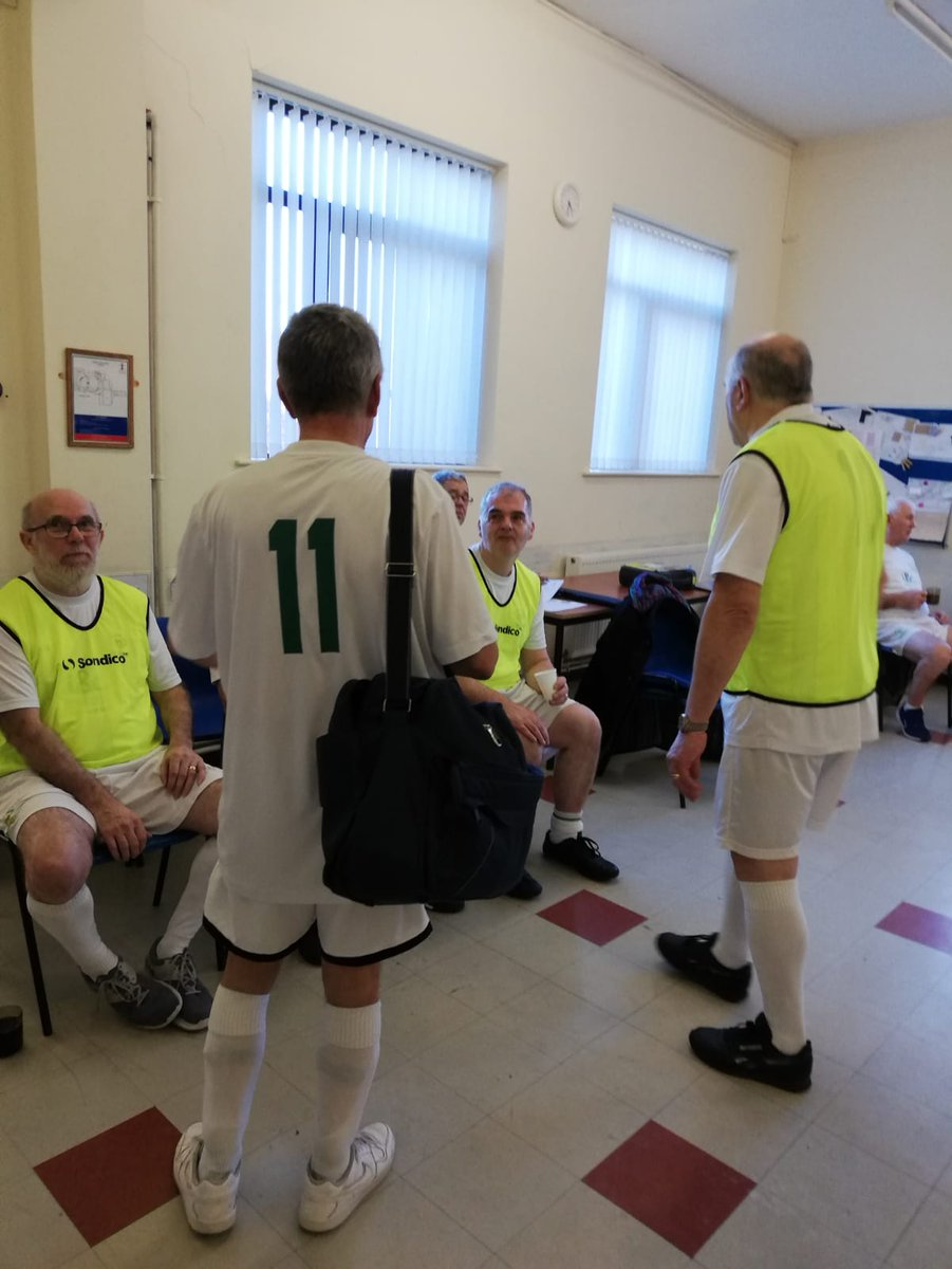 Today @291Hub Walking Football, pop in and have a look, hot and cold refreshments available. #fitness #wellbeing #walkingfootball <br>http://pic.twitter.com/3hOd9Qyizw