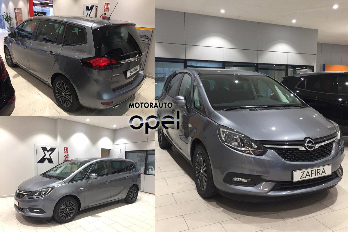 L'Opel Zafira és el cotxe familiar amb 7 places que ofereix una avançada versatilitat, seguretat i connectivitat 🚘 Vine a la botiga i comprova-ho per tu mateix 👌 📍 Av. Santa Coloma 52 - 54, Andorra la Vella #opel #motorauto #zafira #turismo #vehicle