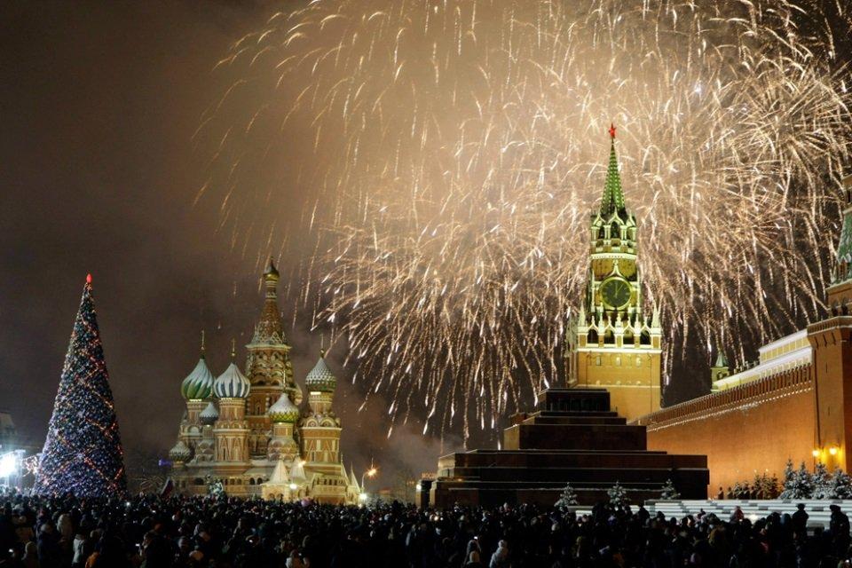 Российские новогодние картинки, коты надписями