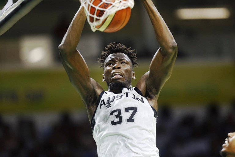 Ghana's @amidabrimah registered four blocks in his second straight game at @FIBAIC. Unfortunately, @austin_spurs missed out on the bronze medal after a 59-77 loss to San Lorenzo @CourtsideShow @theyawofosu @KojoNketsia @gspbasketball @Silalei @SaddickAdams