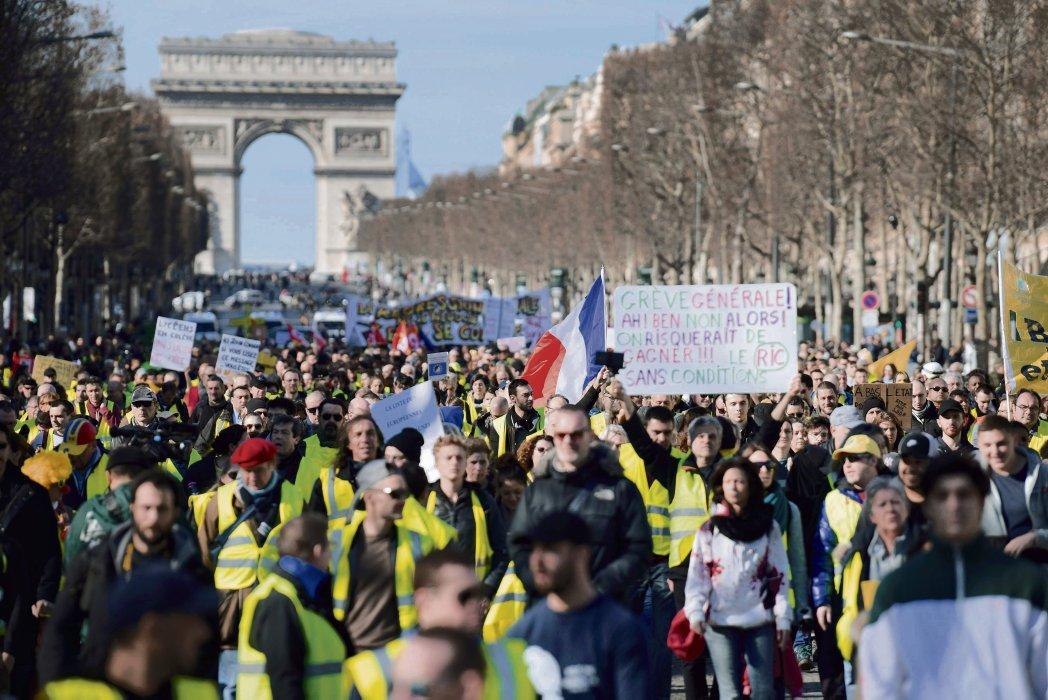 L Humanité ( humanite fr)   Twitter 9c6d83a66ea