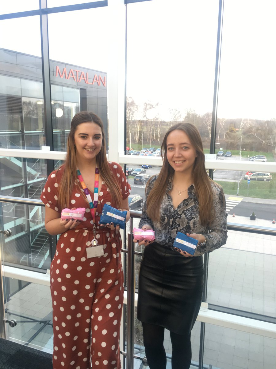 What a lovely way to start the week, Kelli and Alice within our HR teams have been busy handing out treats to their team members for #RandomActofKindnessDay    #RAKDay  #RAOKD  #Matalanjobs  #ValueinEveryMoment