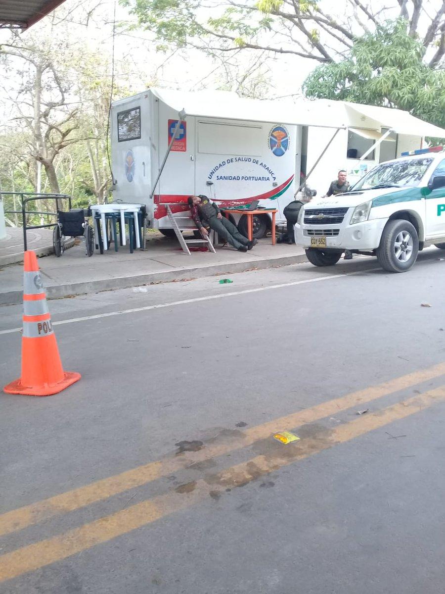 Atentado en el puente internacional en Arauca a la policia fiscal aduanera