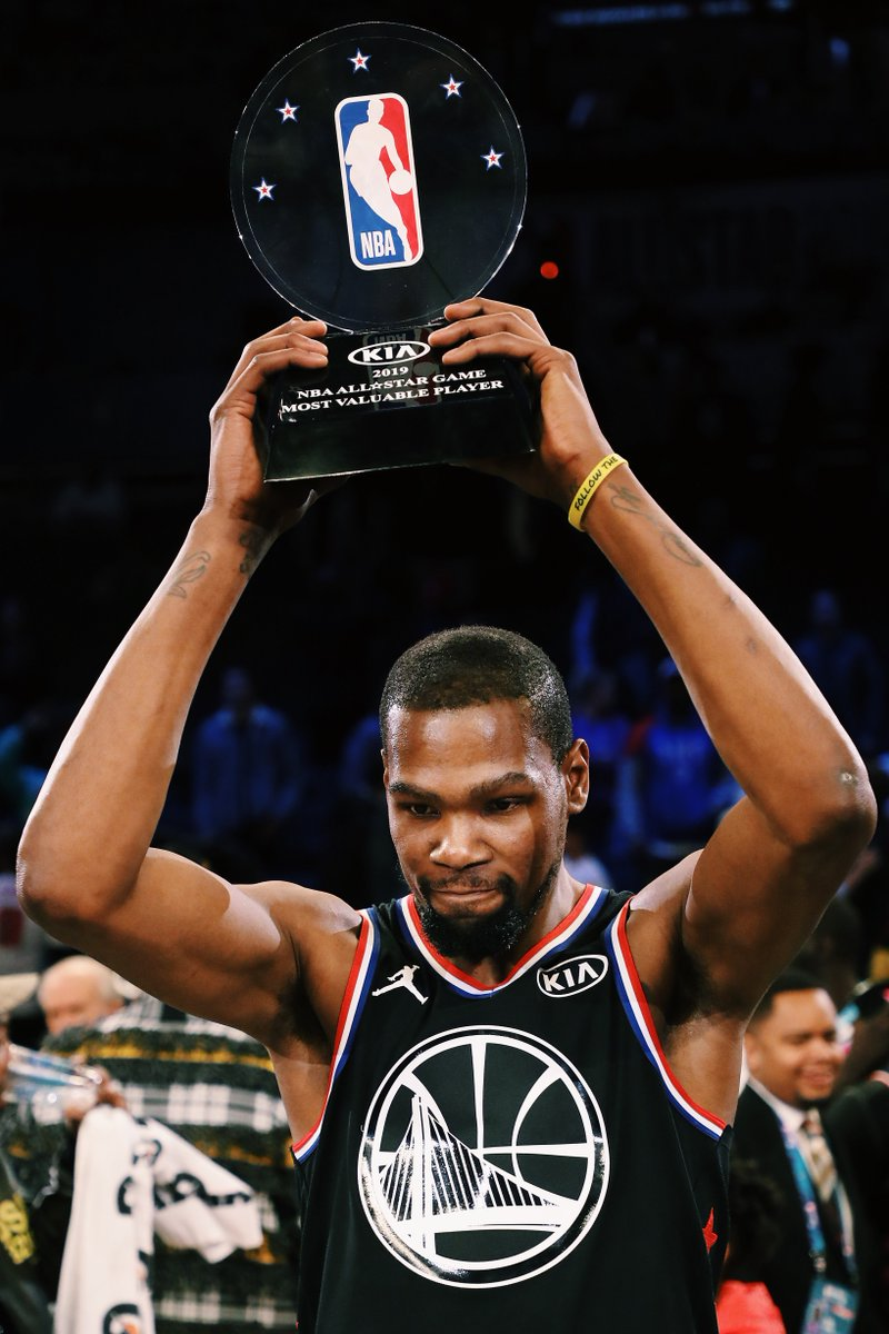 Only NBA players with an MVP, two Finals MVPs and two All-Star MVPs:  - MJ - Bron - Magic - Shaq - Kobe  KD joined the list last night. (via @MrMichaelLee)