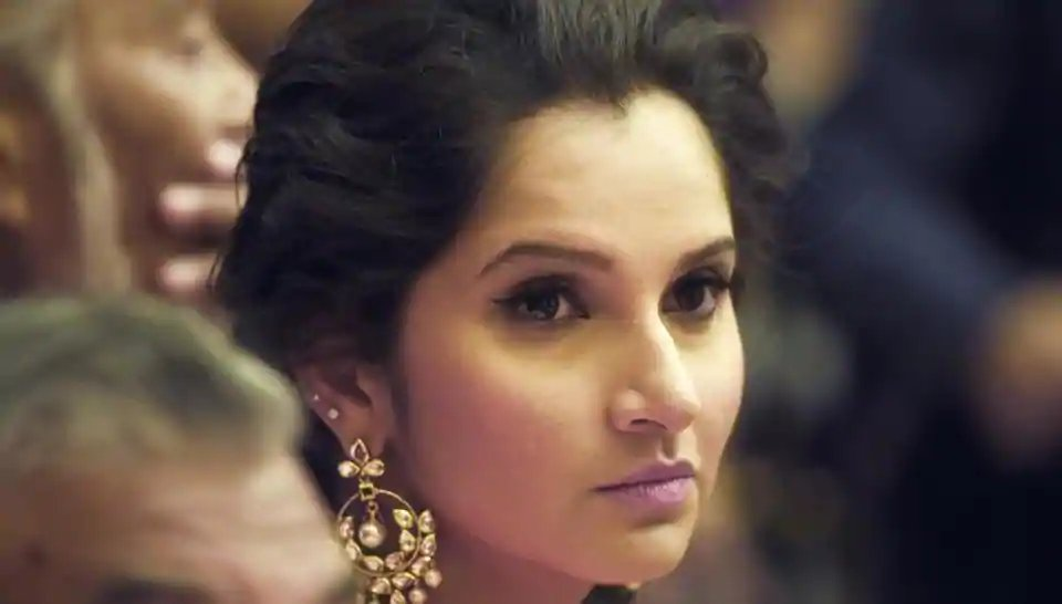 Sack 'Pakistani Bahu' Sania Mirza as Telangana brand ambassador, demands BJP MLA https://goo.gl/DSC8Ja
