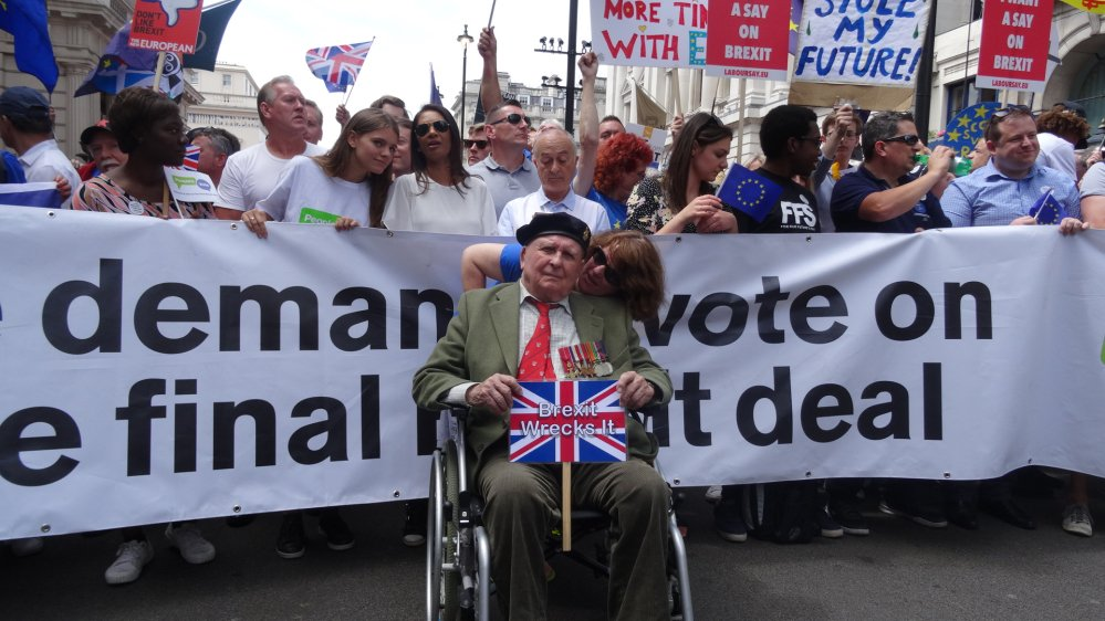 'I am an old man and the outcome won't affect me - but it will affect my family and many people that I know for years to come.'  Meet the 96-year-old British veteran campaigning for a second referendum on Brexit  https://t.co/hWThyNGch3