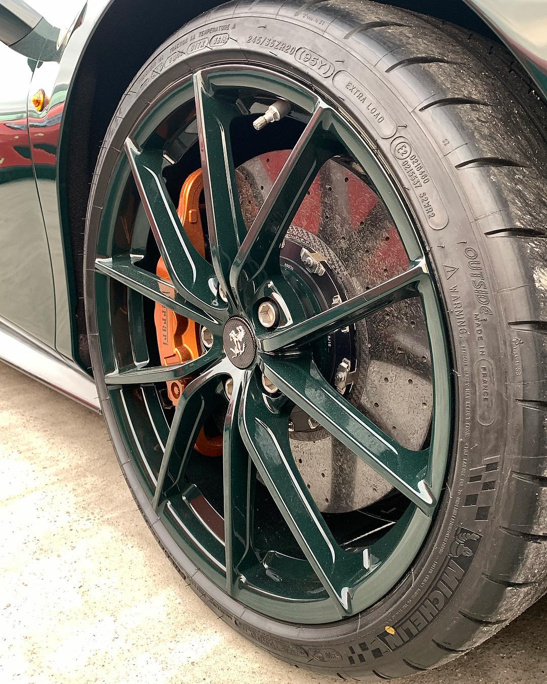 Zero2turbo Com On Twitter Ferrari 488 Pista Finished In British Racing Green With British Racing Green Wheels Too Hit Or Miss Photo S Via Horsepower Hunters Instagram Https T Co Pk4a68hyue