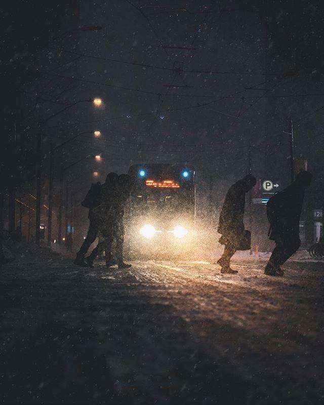 Moody Mondays. . . . . . . . #torontoclx #toneception #curiocityto #6ixgrams #blogto #agameoftones #imagesofcanada #urbanromantix #artofvisuals #all2epic #infinity_urban #trappingtones #shotzdelight #urbanandstreet #night_captures #6ixwalks #wovisuals #l… http://bit.ly/2ntoNkYpic.twitter.com/MkRIlB81GE