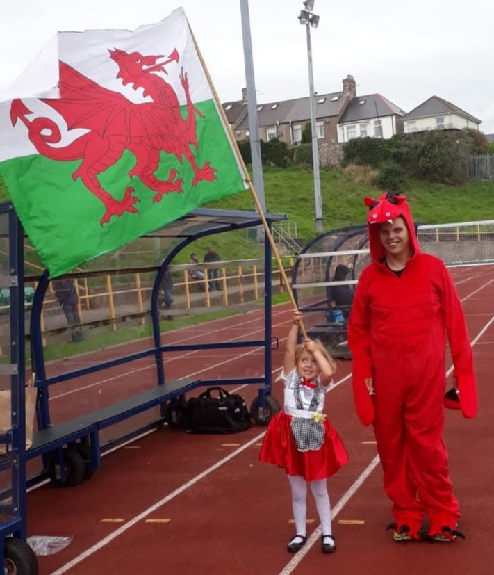 Our official mascot Gavin and flag bearer Crystal in training for the England game on 3rd March... come on Wales!! #WalkingFootball #Wales #Cymru<br>http://pic.twitter.com/6BFHMtk4fU