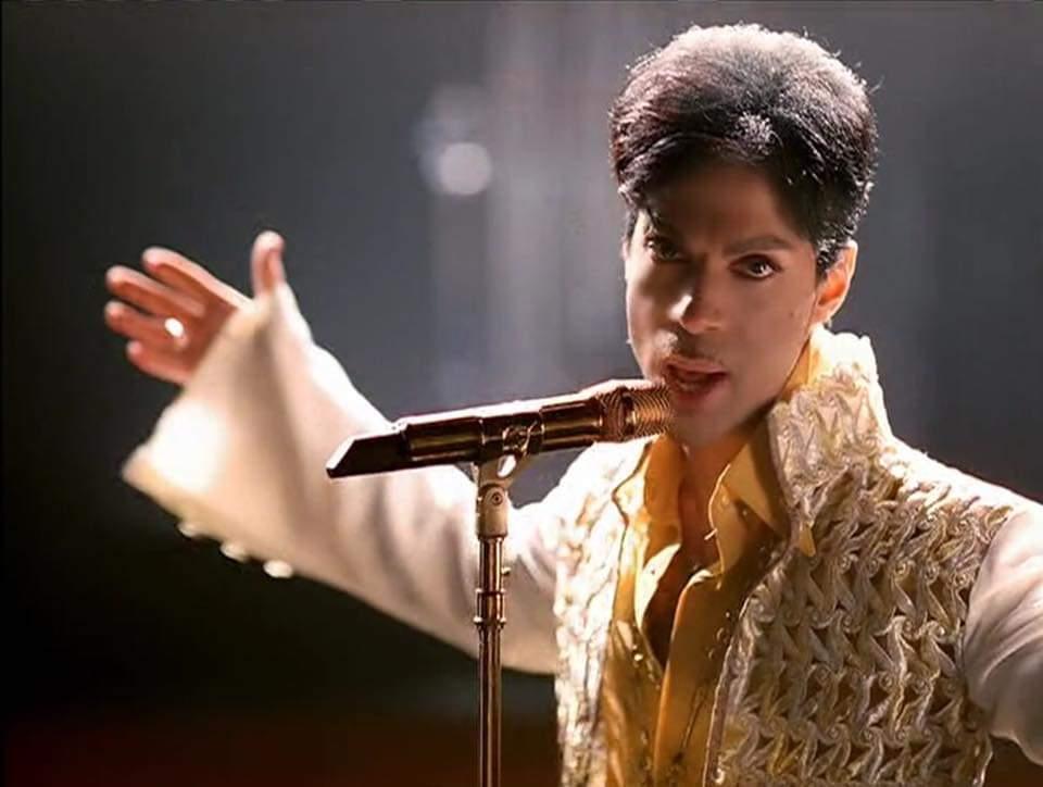 Good Morning  #Prince4Ever  <br>http://pic.twitter.com/AYELbqi1DJ