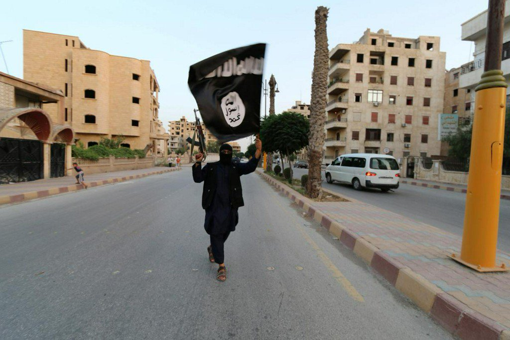 U.S.-backed Syria force seeks help with Islamic State prisoner 'time bomb' https://reut.rs/2DQBlrL