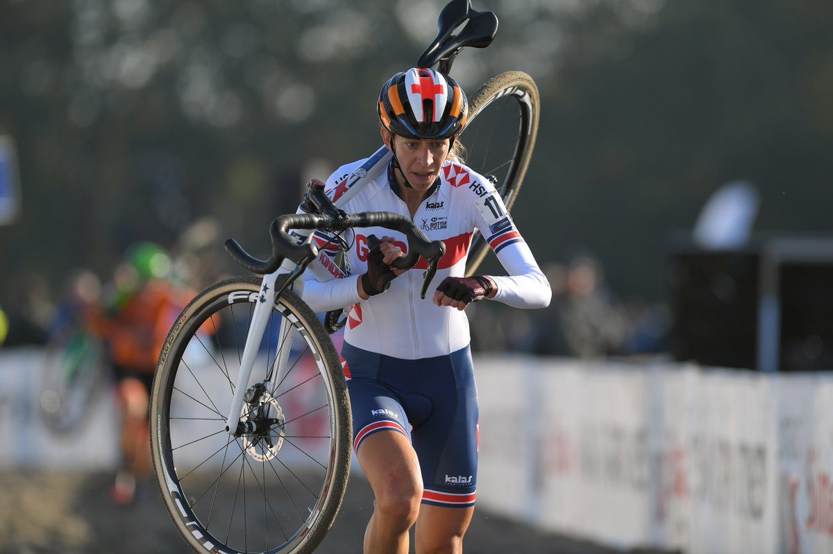 Multiple British cyclocross champion Helen Wyman announces retirement | https://t.co/nlF6SldexQ