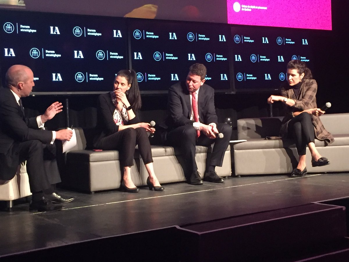 Au #ForumCCMM sur #IA, @HubertBolduc présente les avancées extraordinaires de Montréal ces derniers mois en matière d'attraction d'investissements et de talents internationaux. Les conditions sont réunies pour que cette lancée phénoménale se poursuive @MTLINTL.