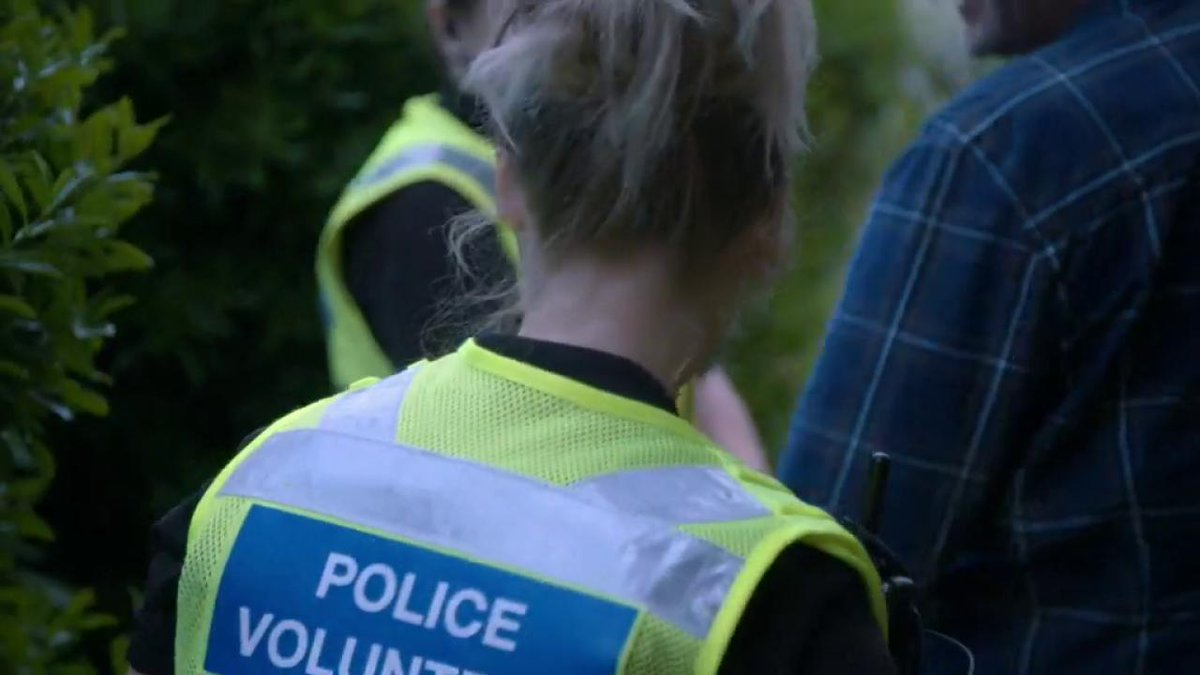 Channel 4's photo on #famousandfightingcrime