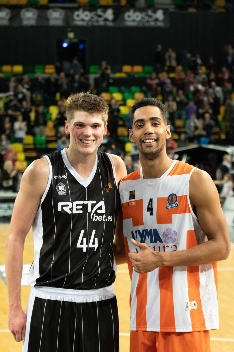 #ProJackets - Hola! Old teammates Ben Lammers and @Ice_Stephens22 are now foes in the Spanish professional league.
