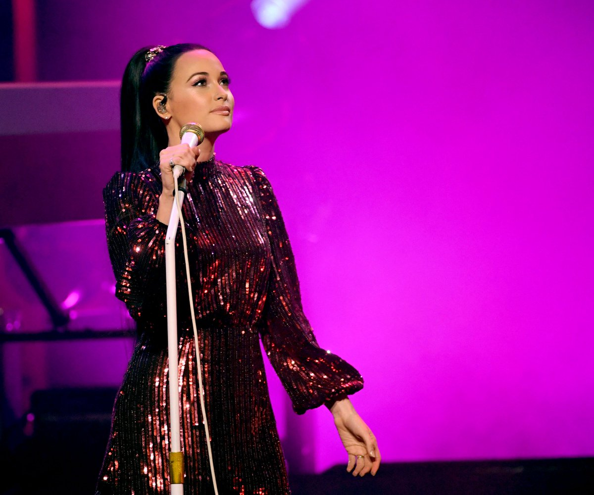 .@KaceyMusgraves ate lots and lots of Fatburger after winning Album of the Year at 2019 #Grammys. https://www.thefader.com/2019/02/18/kacey-musgraves-fat-burger-grammy-album-of-the-year?utm_source=tftw…