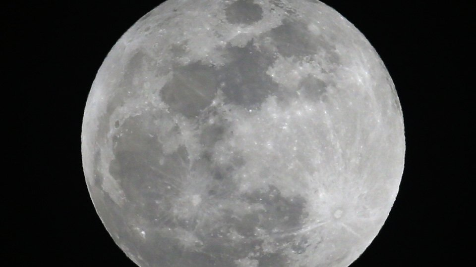 Biggest supermoon of the year will happen this week https://t.co/8rzC5xUCBY #10TV