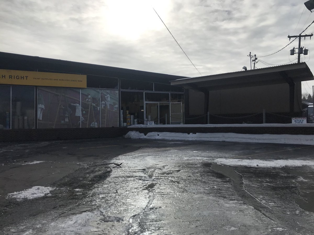 "Nikki Torres KXLY on Twitter: ""Here's what Rodda Paint in Spokane Valley looks like this morning. @SpokaneFire is going to send up a drone to evaluate the ..."