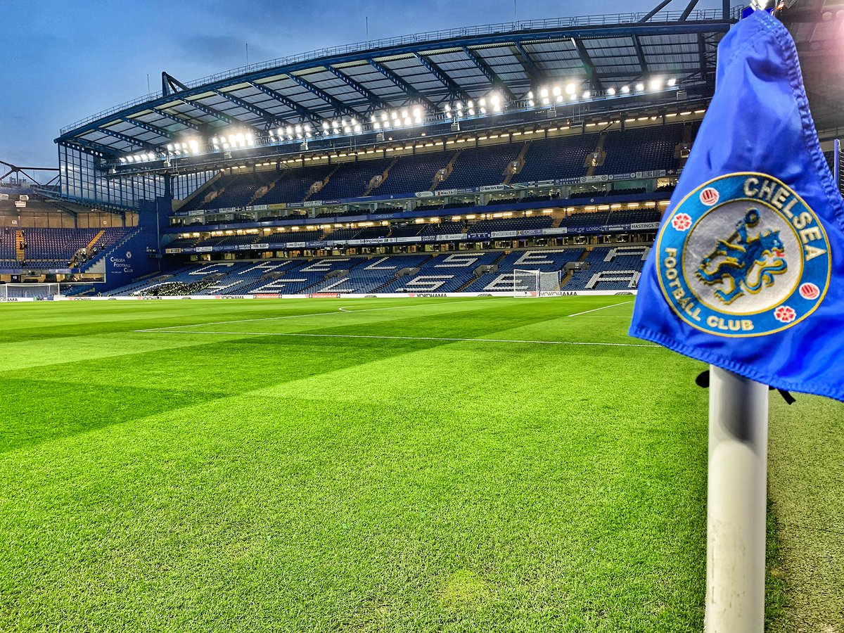 The last match of this #FACup 5th round is a big one! A rematch of last season's final. Join us on BBC1 at 7pm followed by the QF draw 🏆 #cfc #mufc #bbcfootball – at Chelsea Football Club
