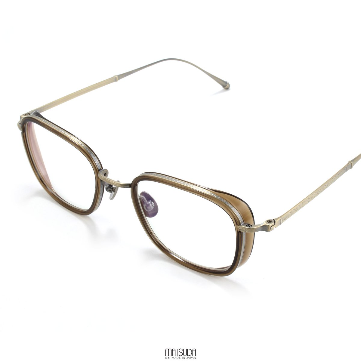 bff47092d789 The MATSUDA EYEWEAR    M3075 offers a classic rectangular style with  Japanese acetate side-shields and hand-engraved titanium nose-bridge and  temples.