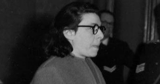 Ans van Dijk, holenderska Żydówka, poszła na współpracę z Niemcami. Wydała kilkaset osób (85 zginęło). Być może wydała nawet najsłynniejszą ofiarę - Anne Frank: https://www.timesofisrael.com/was-anne-frank-betrayed-by-a-jewish-collaborator/…