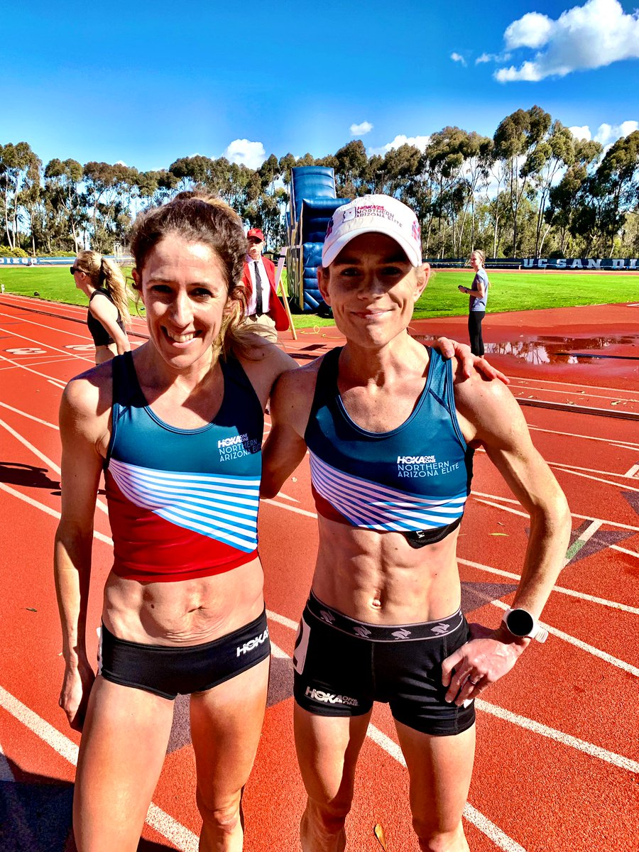 Great efforts by @kjxcountry16 and  @Steph_Rothsteinat the .#pacificpursuit10k 32:13 and 32:15, respectively. UCSD Stadium record for Taylor.  Men on the track now, live stream here:  https://t.co/HJph8pSGiP