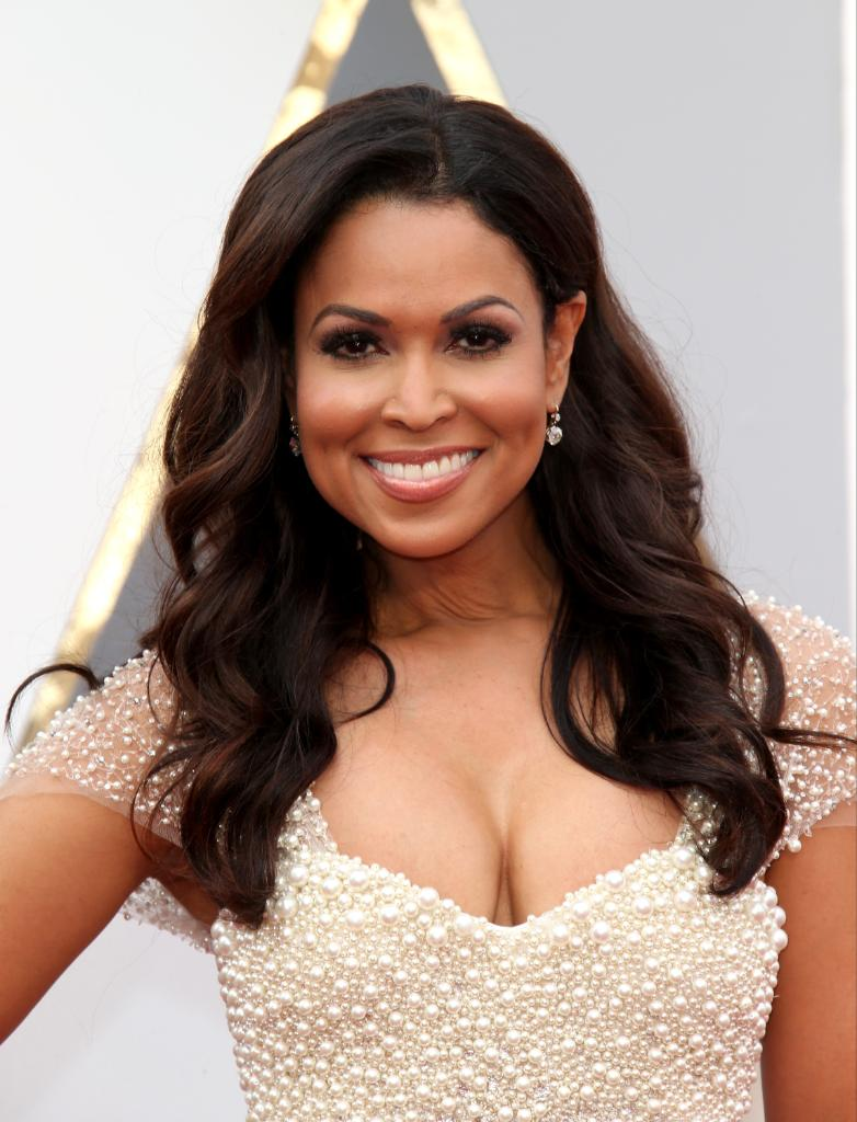Happy Birthday to #TraceyEdmonds! Make sure you check out her new show GAMES PEOPLE PLAY on BET this April!