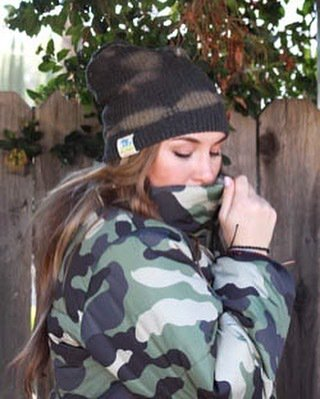 Just keeping it together on this Monday.  Camouflage jacket available @jaunts.store. . . . #Beanies #hats #headwear #sustainablefashion #sustainable #fashion #retail #losangeles #camoflauge #outerwear #cold #rain #tiedue #lush #recycled #yarns #knitting #colorful #luxurylife…