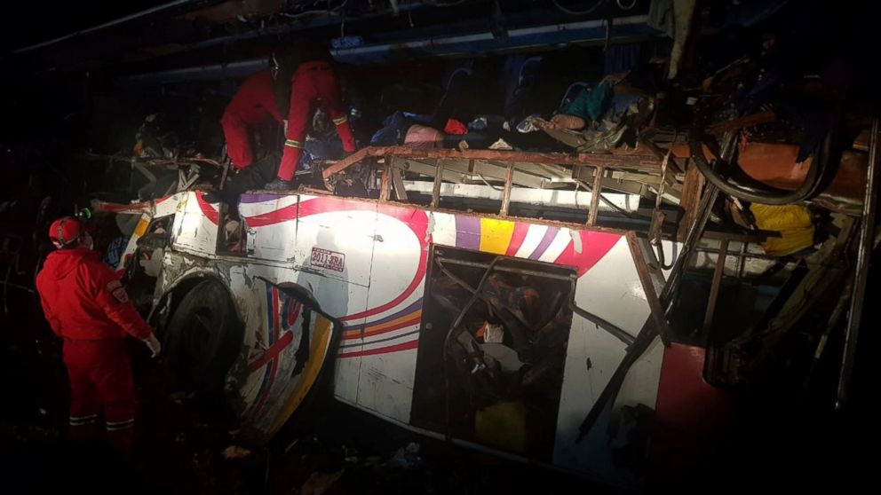 Bus hits dump truck in Bolivia; at least 24 reported dead: https://t.co/3KjcWzTtQo