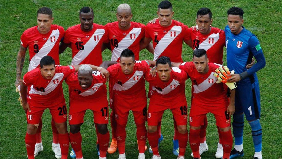 #Fichajes2019 🇧🇷   El seleccionado peruano que sería el nuevo fichaje del #Corinthians https://t.co/1O6MAMlbuO