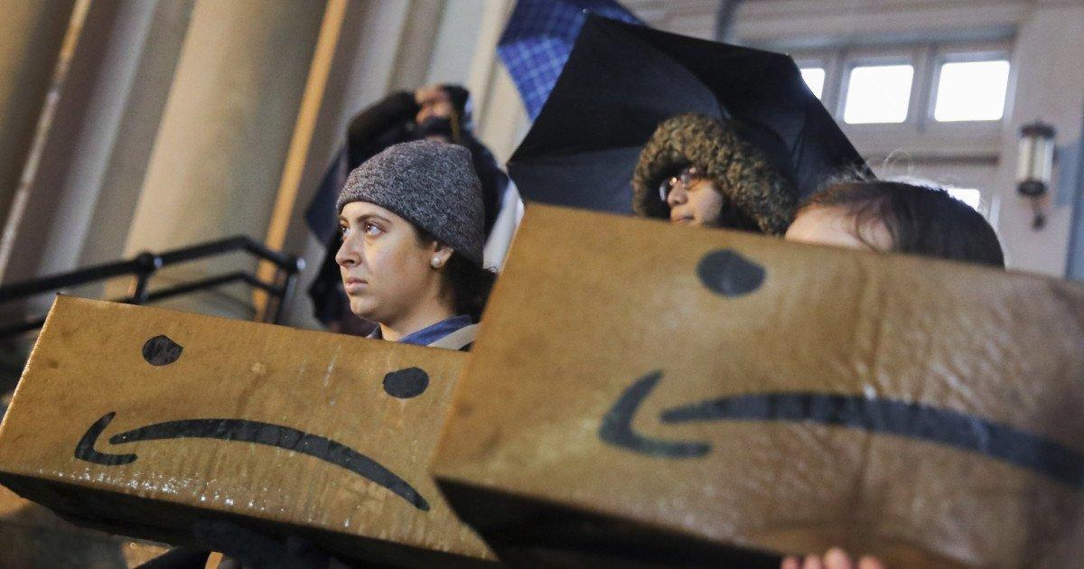 Bill de Blasio Just Went on Meet the Press to Slam Amazon for All the Wrong Reasons https://www.motherjones.com/politics/2019/02/bill-de-blasio-amazon-new-york-city-bezos/… #MotherJones #USRC