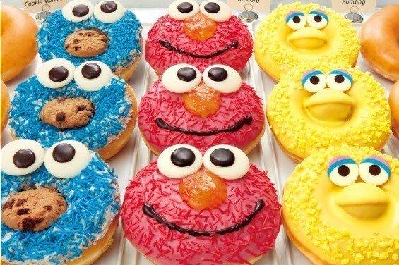 [明日発売] クリスピー・クリーム×セサミストリート、エルモやクッキーモンスターの顔がドーナツに - https://t.co/DE3ayPTtBZ