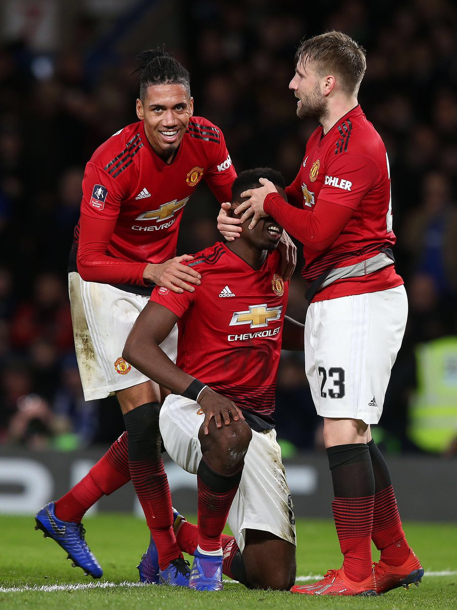 Get in there!! 😆💪🏽 One step closer... 🙌🏽🔴 #mufc @ManUtd