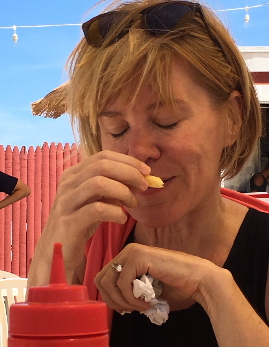 Find someone that looks at you the way @stacyherbert looks at this French Fry.