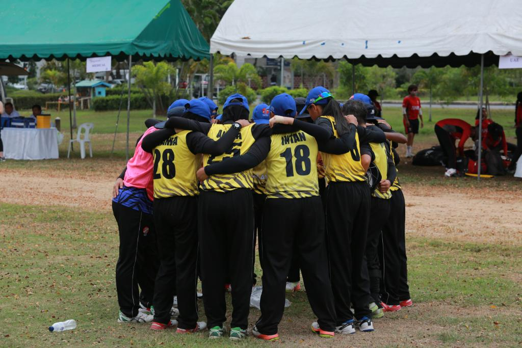Malaysia got off to a superb start in the ICC Women's Asia Qualifier 2019!  REPORTS ⬇️ https://t.co/WIBV2V1BwG