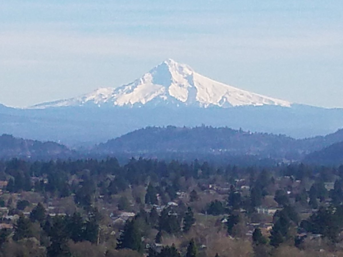 It was great to be back home for a bit! #PNW #MtHood #Oregon #MtTabor @portlandmercury @Cities_PDX @portlandia https://t.co/PcBBnOQJ93