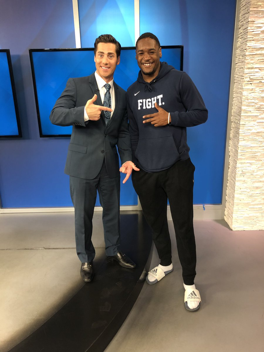 Support our local teams and athletes! Thanks to: @AAFFleet @SanDiegoSockers @SDLegion @SDGullsAHL for helping me with this story .. busting the misconception that ALL pro athletes make the big 💰  http://www.cbs8.com/story/39974351/san-diego-professional-athletes-with-side-jobs-to-make-ends-meet… #Fleet #sockers #gogulls #legion