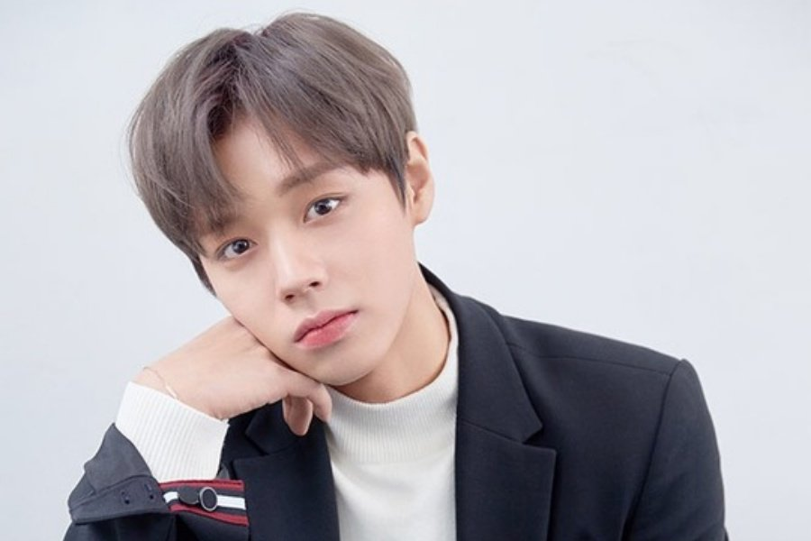 #ParkJiHoon To Make Solo Debut In March + Filming Music Video Soon https://www.soompi.com/article/1304712wpp/park-ji-hoon-to-make-solo-debut-in-march-filming-music-video-soon…