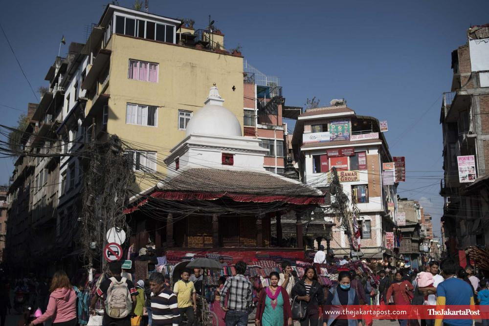Nepal is not just about the legendary mountain, its capital Kathmandu also has a lot to offer. Kathmandu is a blend of ancient and modern worlds, where people still perform their rituals at Hindu temples. (JP/Rosa Panggabean) #jakpost  https://t.co/1nsuBDrNOQ