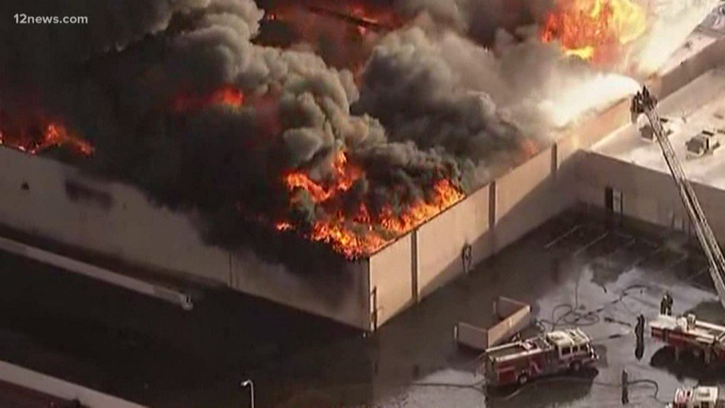 An inside look at how Phoenix firefighters handle the risks of the job https://t.co/mpdoQGzWRz
