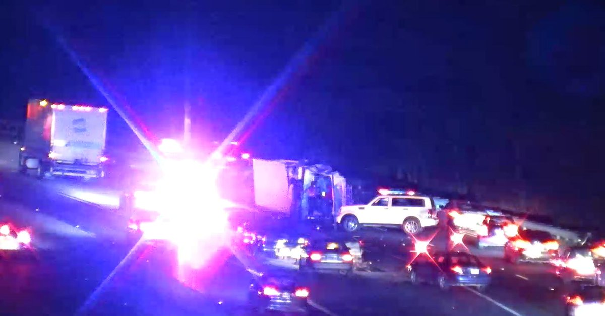 TRAVEL ADVISORY-Clayton Co.: Crash on I-285/wb (Inner Loop) collector ramp to Old Dixie Rd./I-75 (Ex. 58).  Two right lanes blocked; use area alternates. PD on site.