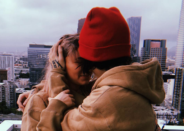 We're shook that @noahcyrus' ex-boyfriend is going to be a dad. See the full announcement here. >>  https://t.co/jWC3bD7ty7
