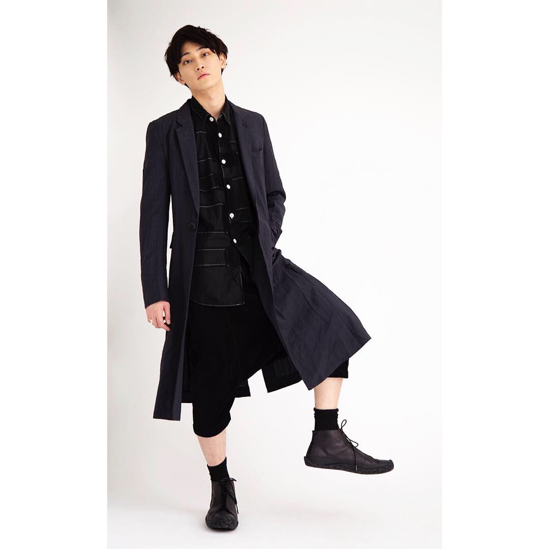 【STYLING SITE】 #commedesgarconshommeplus #isseymiyakemen #commedesgarconshomme #uzuou model:@kahma1106tiffany https://www.playful-dc.com/p_styling/mobile/stylings/details1242.html…  #shooting #model #撮影 #大阪 #古着 #モデル #follow #fashion #playful #used #osaka #ootd #outfit #coordinate #着画 #photo #ユーズド