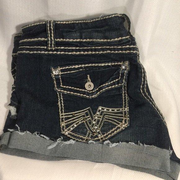 So good I had to share! Check out all the items I'm loving on @Poshmarkapp #poshmark #fashion #style #shopmycloset #rue21 #rebeccaminkoff #zara: https://posh.mk/AwY1pcwrqU