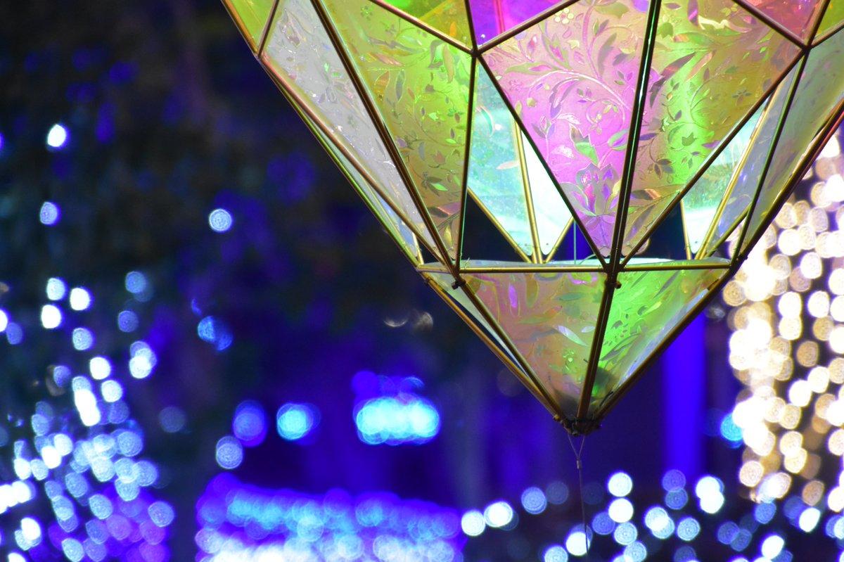 江の島の宝石 . . #江の島の宝石 #イルミネーション  #illumination #colors #landscape #photography  #beautiful #nightview  . . . #art_of_japan_  #japan_night_view  #daily_photo_jpn  #写真好きな人と繋がりたい  #カメラ好きな人と繋がりたい  . . #江の島シーキャンドル  #kanagawa #japan – at 江の島展望灯台